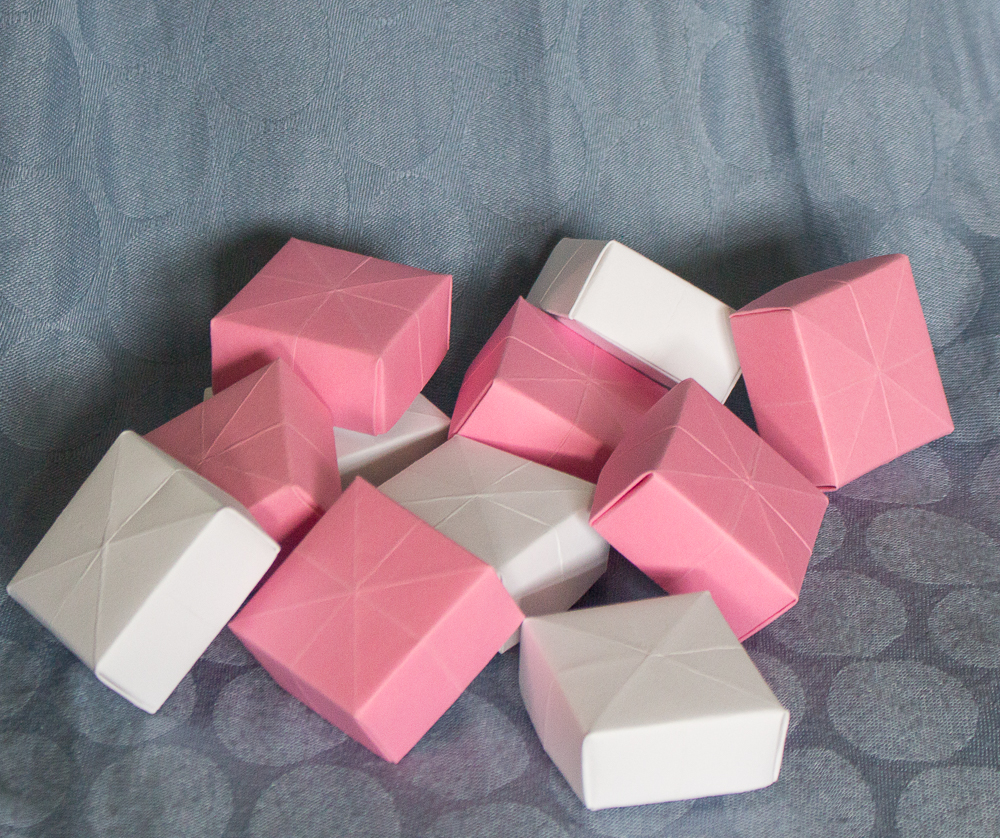 Bridal shower kit suite favor boxes