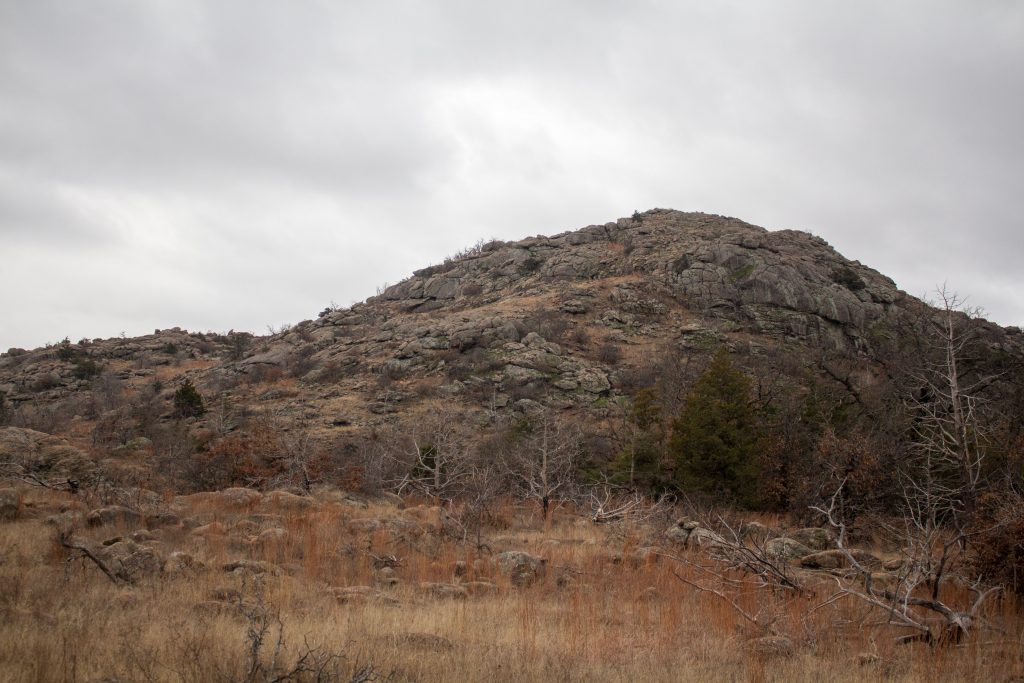 If you're looking for a short hike in the Wichita Mountains Wildlife Refuge, try the Longhorn and Elk trails! | Teaspoon of Nose
