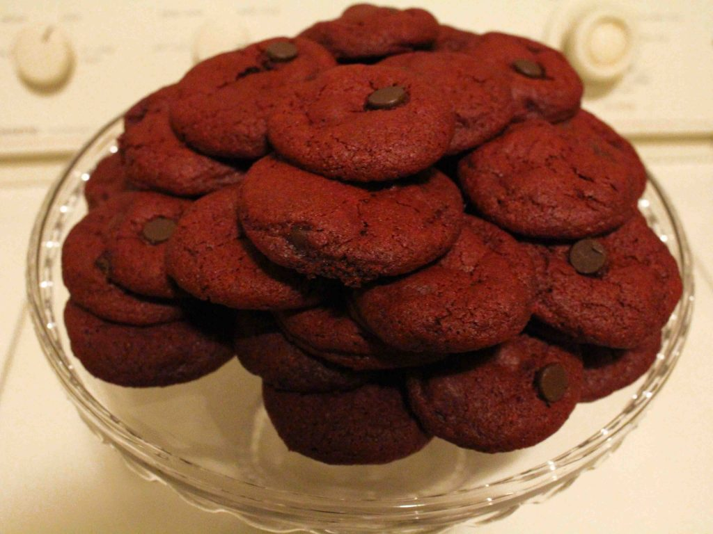 Red velvet chocolate chip cookies are decadent and one of the best desserts I've ever tasted! | Teaspoon of Nose