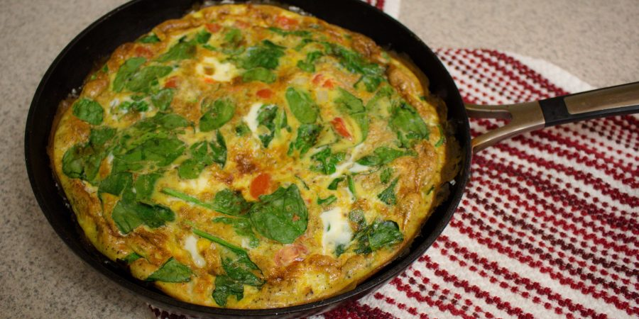 This quick and easy frittata is an effortless breakfast (or dinner!) option that's sure to impress with minimal effort on your part! | Teaspoon of Nose