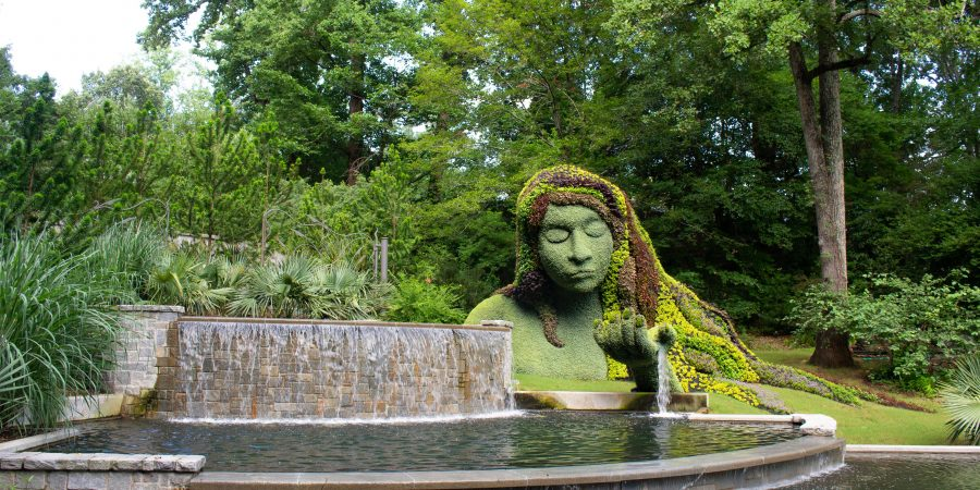 The Atlanta Botanical Garden is one of my new favorite places to get outside in Atlanta!   Teaspoon of Nose