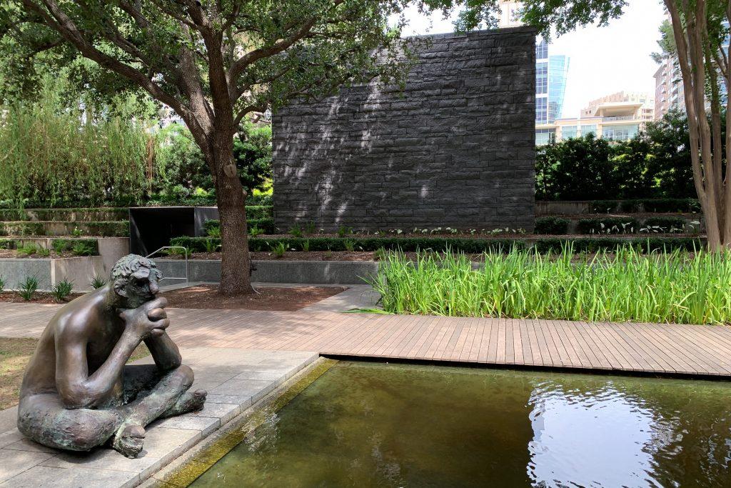 Nasher modern art museum Dallas