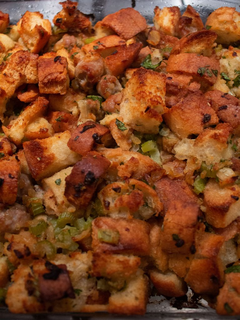 Y'all, I am not kidding: this is the best thanksgiving stuffing I've ever had!