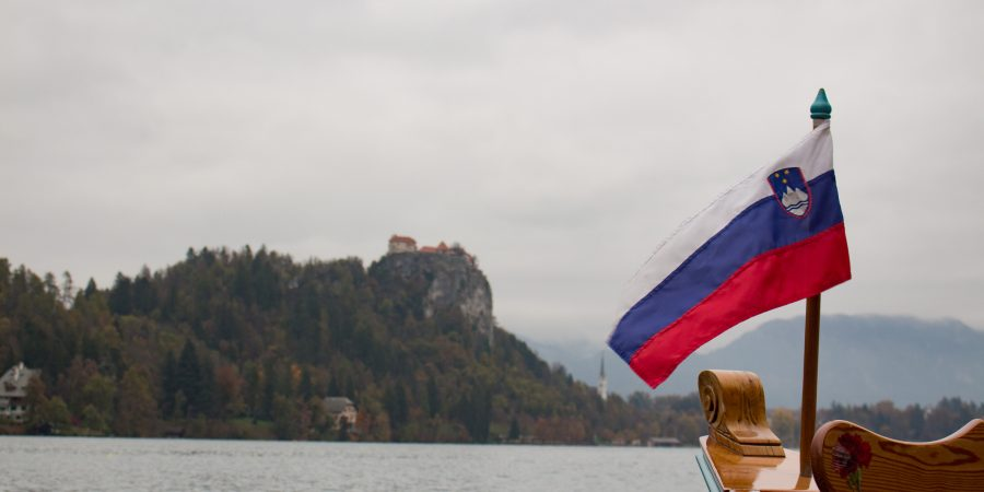 Lake Bled is the perfect place to spend a cozy weekend! For the best things to do and see, check out the post!