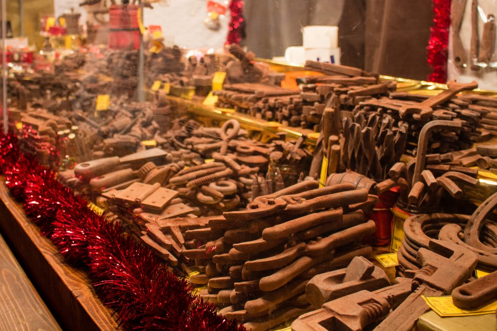 Here's what you really need to know about the Berlin Christmas markets! From what to eat and what to shop for, here's what you ...