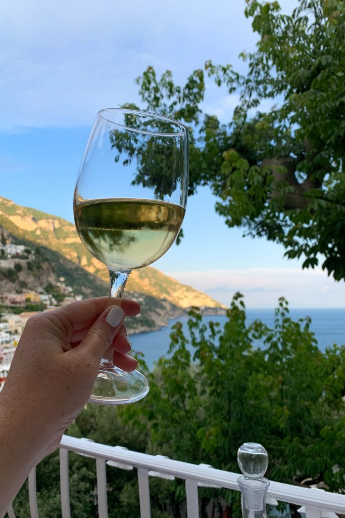 When you head to the Amalfi Coast, you're going to eat well. Here are my favorite Positano restaurants!