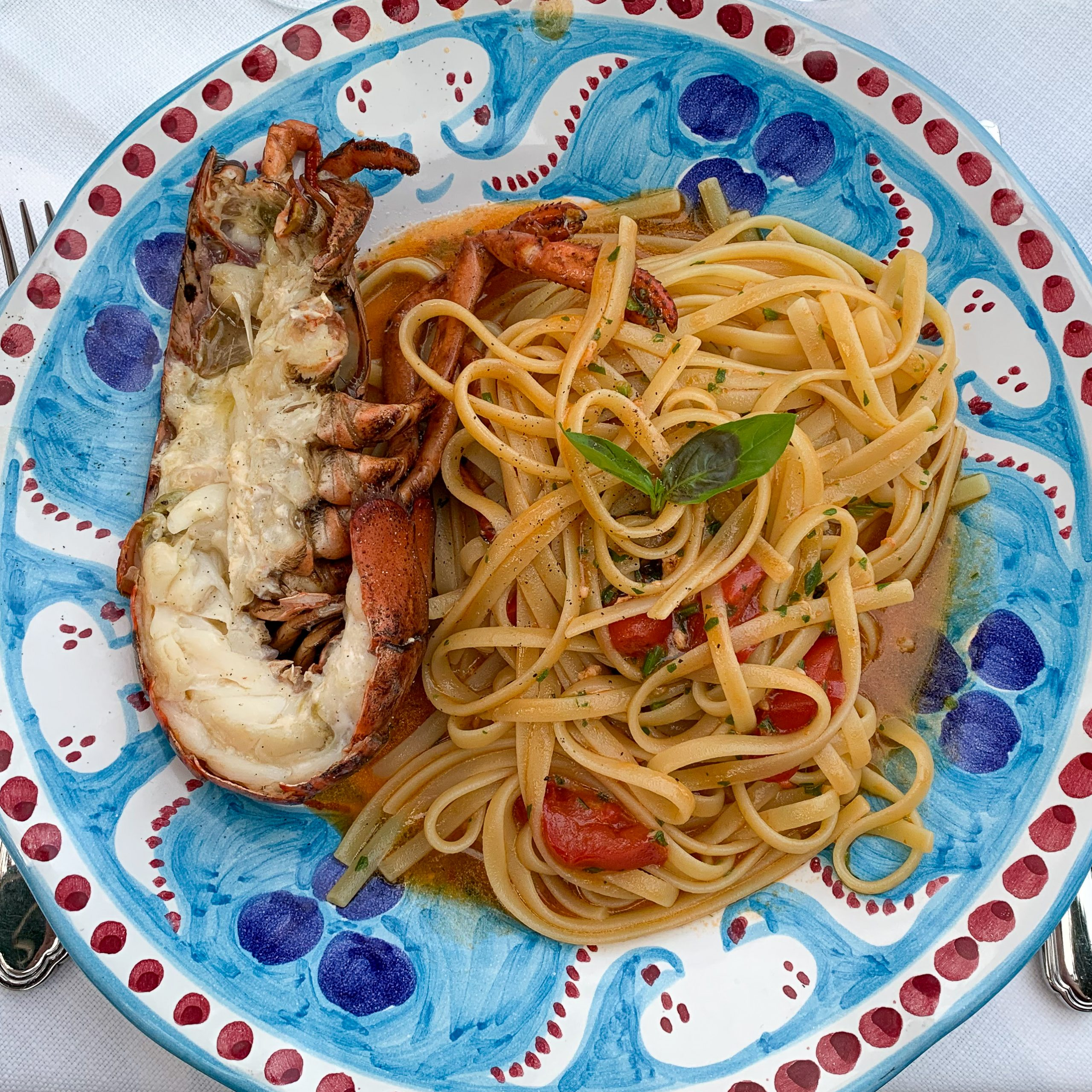 Positano restaurants are SO GOOD! But some are overpriced. Here's a few winners you can't miss!