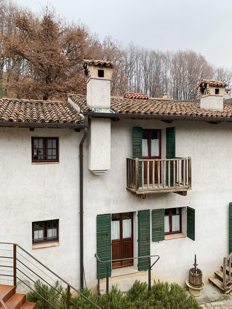 Looking for a foodie vacation in northern Italy? Here's why La Subida in Friuli Venezia Giulia is the perfect option! Views of the guest houses.