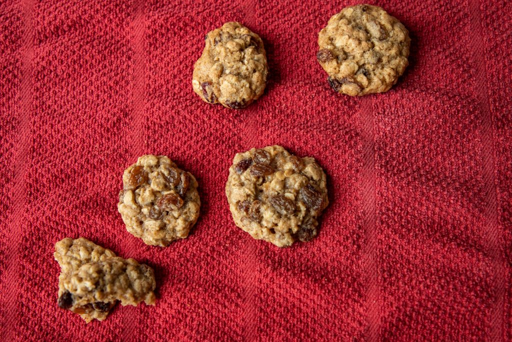 Oatmeal cookies are a seriously underrated classic! I've got four variations to satisfy every sweet tooth: raisins, chocolate, caramel, and more! | Teaspoon of Nose