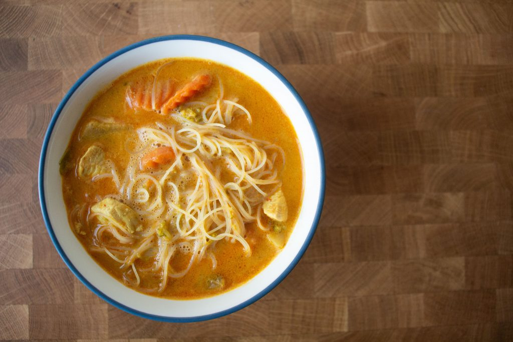 Thai noodle soup makes a fantastic weeknight meal that you can pull together with whatever's in the fridge!   Teaspoon of Nose