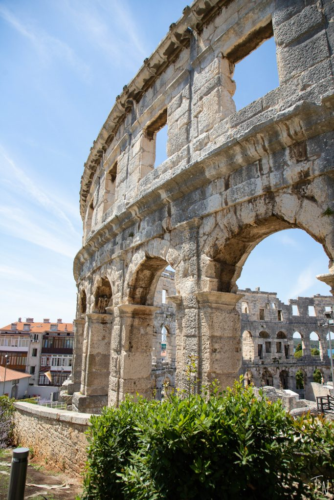Pula, Croatia is the perfect off-the-beaten-path destination for a relaxing weekend! If you want gorgeous water, nice hotels, and...