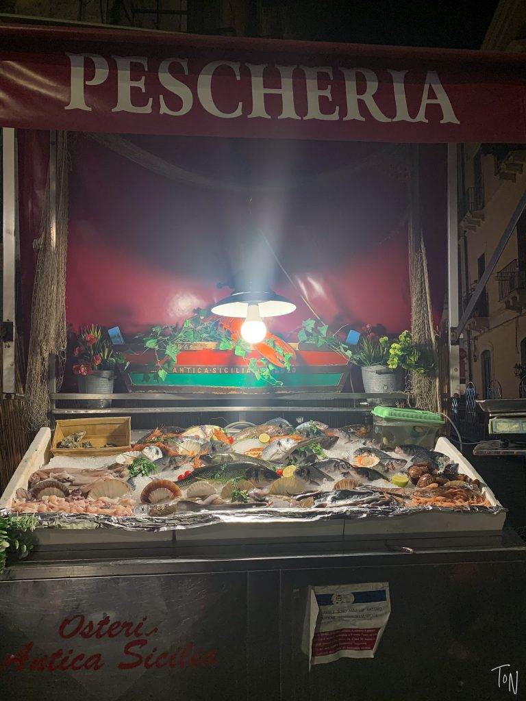 If you're headed to Sicily, odds are you'll pass through Catania! I've gathered everything you need to know to plan your time in the city.   Teaspoon of Nose